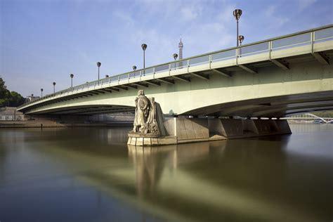 Bateau Mouche Pont Alma by Pont De L Alma Pont De L Alma Au Matin Les Bateaux