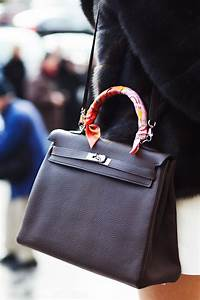 the best handbags from the streets of fashion week