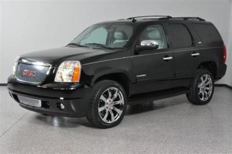 find   yukon xl   wd loaded  row heated seats moonroof    memphis
