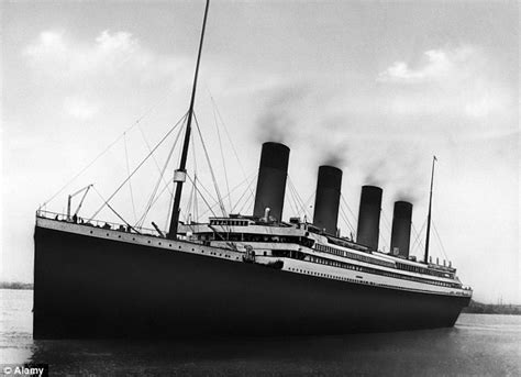 Titanic Boats Went Back by Visitors To Titanic Artifacts Exhibition Get Sinking