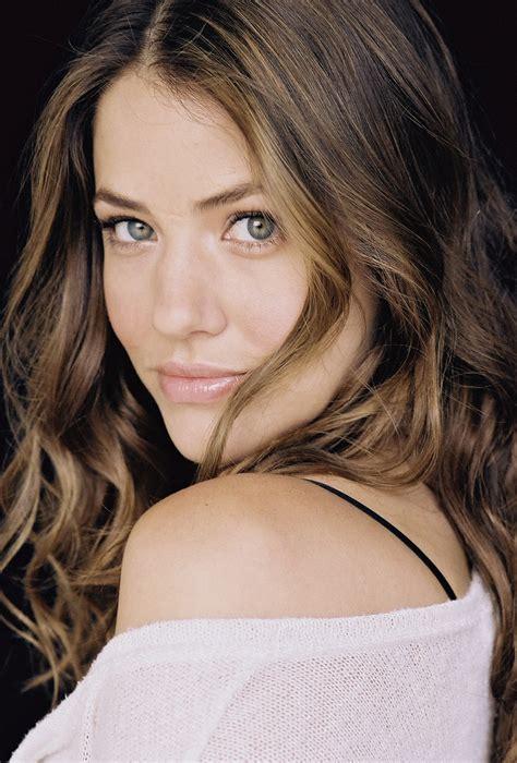 julie de bona cing julie gonzalo summary film actresses