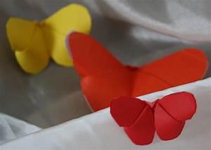 Schmetterlinge Aus Papier : schmetterlinge aus papier basteln ~ Lizthompson.info Haus und Dekorationen
