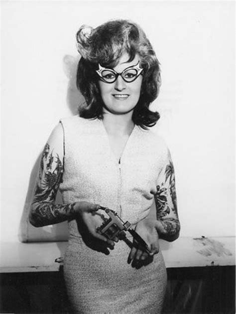 54 best Vintage Tattooed Ladies and Gents images on Pinterest | Vintage tattoos, Retro tattoos