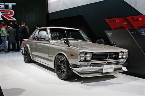 nissan skyline nissan displays godzilla s family tree in new york motor
