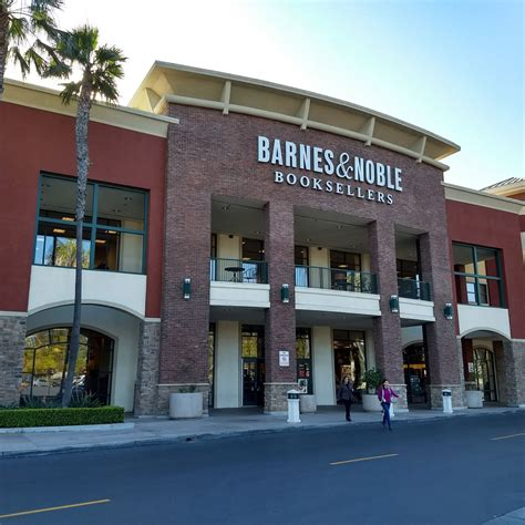 barnes and noble club jerry baggett