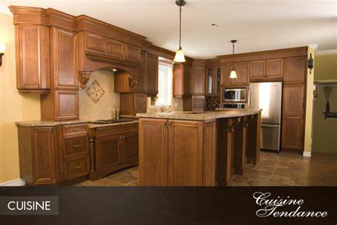 armoire de cuisine polyester pin armoires de cuisine en chene pelautscom on