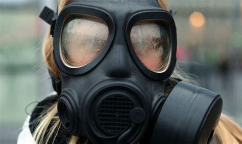 Ķīmiskas vielas tvaika noplūdes dēļ evakuē 32 cilvēkus - Latvijā - Ziņas - TVNET