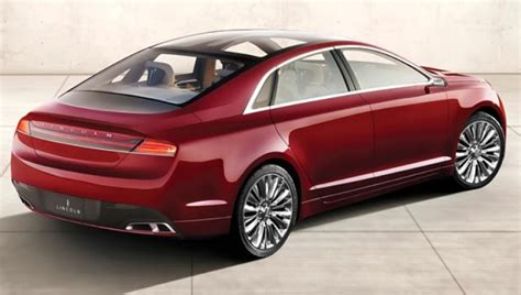 2014 Lincoln Town Car Pictures