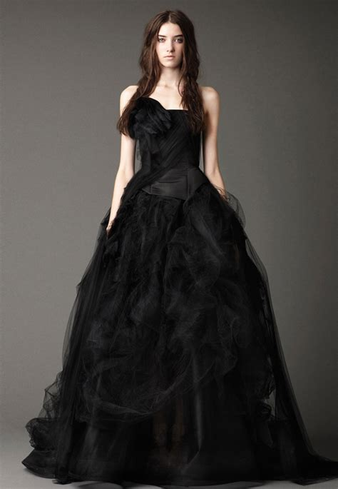 25 Gorgeous Black Wedding Dresses  Deer Pearl Flowers. Wedding Dress Style By Body Type. Tea Length Tulle Wedding Dress Uk. Pink Wedding Dresses Images. Corset Wedding Dress Weight Loss. Wedding Dresses For Big Bust. Beautiful Wedding Dresses Of Pakistan. Oscar De La Renta Glitter Wedding Dress. Romantic Wedding Guest Dresses