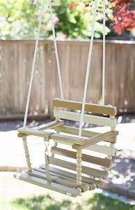 Kinderschaukel Holz Selber Bauen : kinderschaukel holz selber bauen kinderschaukel aus holz gq02 hitoiro kinderschaukel spielzeug ~ Markanthonyermac.com Haus und Dekorationen