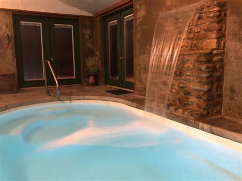 cabin   indoor heated swimming pool waterfall