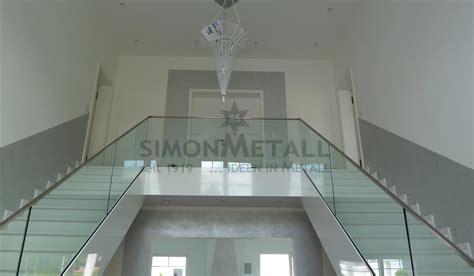 treppengeländer glas innen treppengel 228 nder innen simonmetall gmbh co kg in tann rh 246 n g 252 nthers