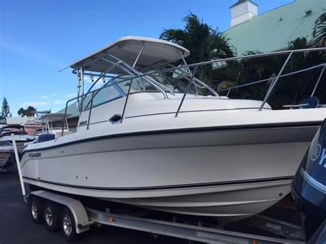Used Century Walkaround Boats For Sale by 2008 Used Century 2600 Walkaround Sports Fishing Boat For