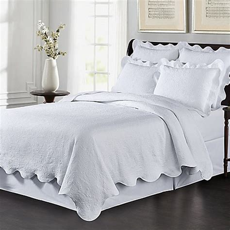King White Coverlet by Buy Lyon Matelass 233 King Coverlet Set In White From Bed