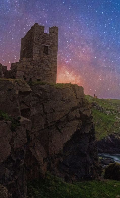 Images Capture Gorgeous Milky Way Over The Cornish