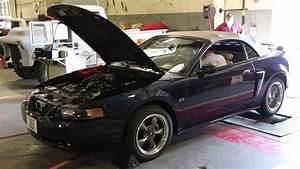 Mustang GT 2v - YouTube