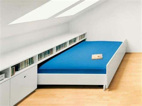 meuble bibliothèque bureau intégré les 200 meilleures images à propos de aménagement comble