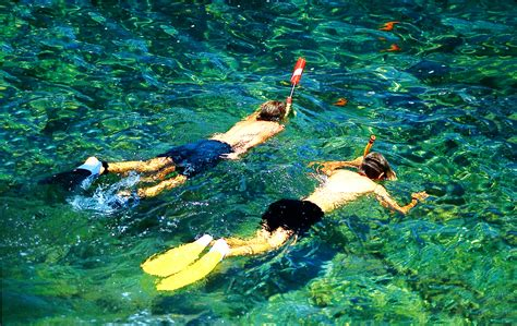 snorkeling hawai i beaches