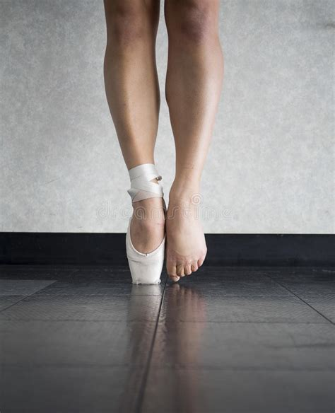 ballerinas feet   ballet dancer stock image