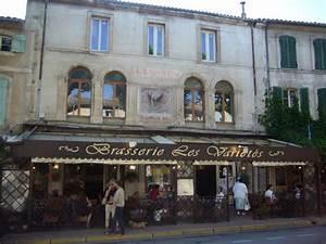 Restaurant Saint Rémy De Provence : lekker eten in frankrijk croissantje lunch of diner ~ Melissatoandfro.com Idées de Décoration