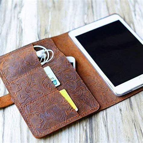 Amazon.com: Italy Tooled Leather Handmade Case for Apple ...
