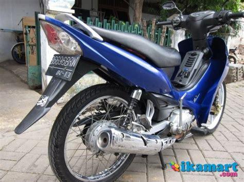 Modifikasi Jupiter Z 2008 Warna Biru by Modifikasi Motor Jupiter Z Warna Biru Siteandsites Co
