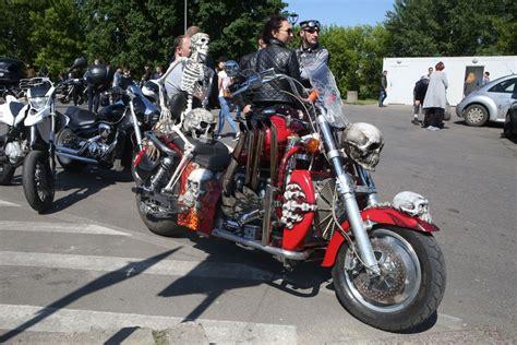 """Startavo """"bike Show Millennium"""""""