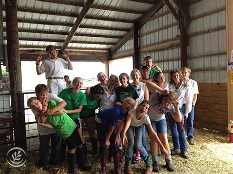 school teens guide  sharing  farm story