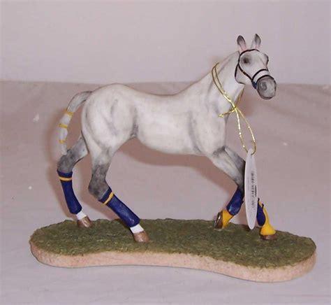 polo breed pony grey