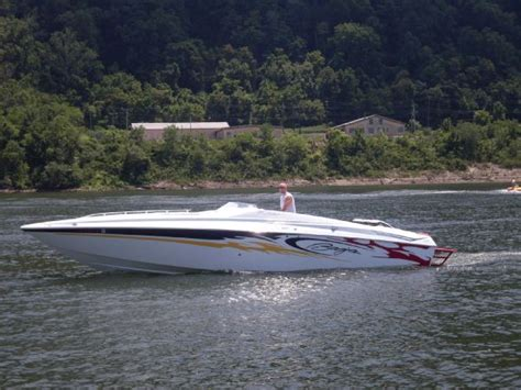 Performance Boats Listing by Baja 30 Outlaw