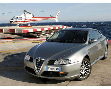 Alfa Romeo 165