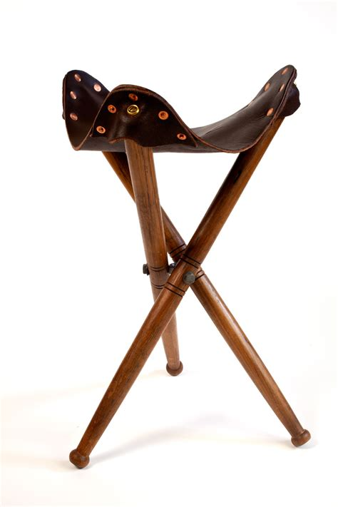Antique Leather Chair by Download A Chapter Of Campaign Furniture Free Lost Art