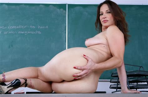 Watch Best Hd Milfs Porn Videos With Professor At Classroom Page 3