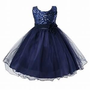 robe de princesse mariage fille idees et d39inspiration With affiche chambre bébé avec robe a fleur pour mariage