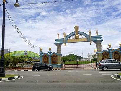 Brunei Backpack Scenery Ront Waterf