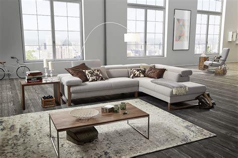 canapé en cuir design le canape en cuir est il reserve aux interieurs