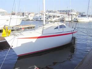 1983 Yamaha Boats Cruiser  Racer Sail Boat For Sale