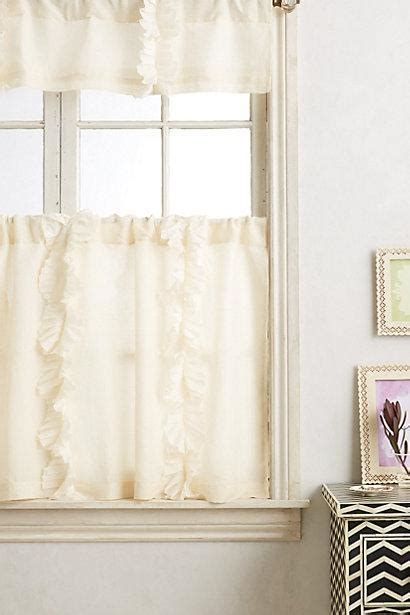 Flutter Ruffle Ivory Cafe Curtain