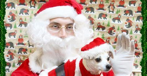 Santa Happy Meets Santa Claus At Petsmart Gatheraround Happy Hazel A Dog Friendly