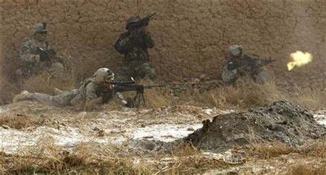 taliban firefight  close saloncom