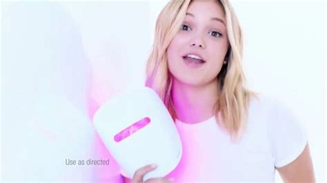 Neutrogena Light Therapy Acne Mask TV Commercial, 'Clear