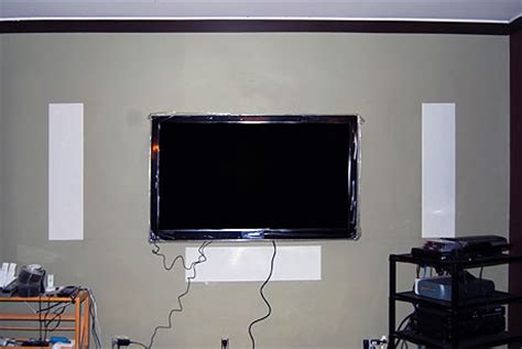 How to Hang a LCD or Plasma HDTV  How to Hang a TV With Mount