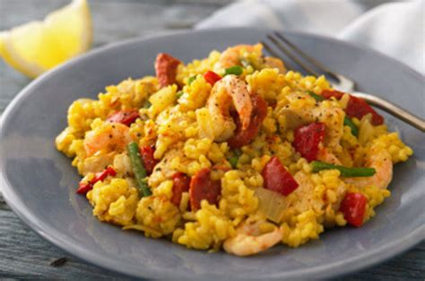chicken  prawn paella recipe goodtoknow