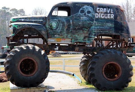 old grave digger monster truck gravedigger frogsview 39 s blog