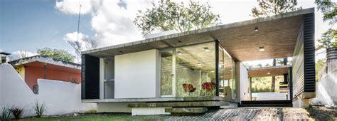 container haus architekt transparenter container wohnhaus in alta gracia detail magazin f 252 r architektur baudetail