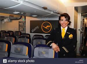 Schließfächer Flughafen München : airbus seats stockfotos airbus seats bilder seite 3 alamy ~ Markanthonyermac.com Haus und Dekorationen