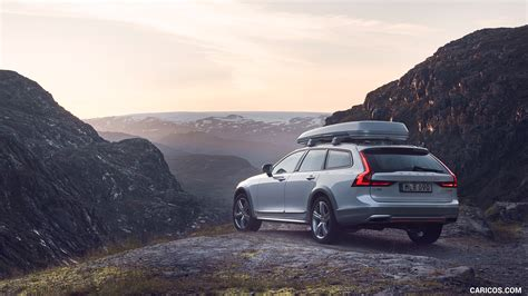 Volvo V40 Cross Country 4k Wallpapers by 2018 Volvo V90 Cross Country Race Rear Three