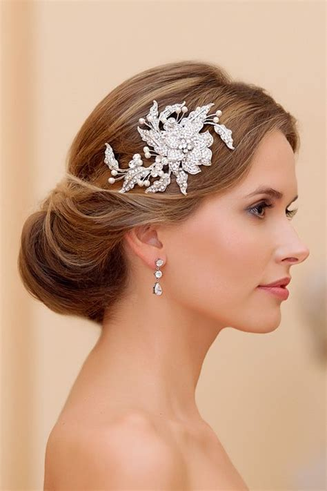 17 Best Ideas About Fascinator Hairstyles On Pinterest