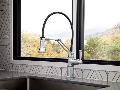 Single Handle Articulating Kitchen Faucet : 63225LF PC