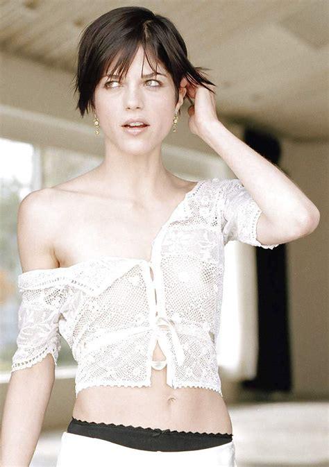 Selma Blair Nude 4 Pics